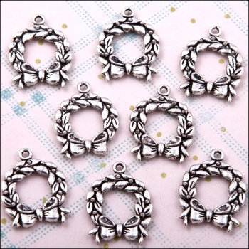 The Hobby House Metal Charms & Spacers - Christmas Wreaths