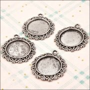 Metal Charms & Spacers - Fancy Circle Pendant